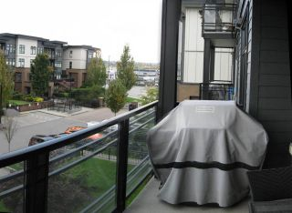 "Photo 20: 301 20078 FRASER Highway in Langley: Langley City Condo for sale in ""Varsity"" : MLS®# R2510892"