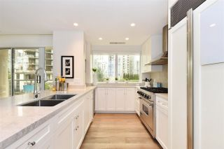 """Photo 8: 603 428 BEACH Crescent in Vancouver: Yaletown Condo for sale in """"Kings Landing"""" (Vancouver West)  : MLS®# R2202803"""