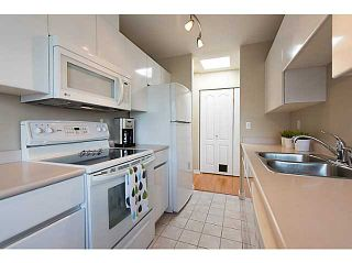 """Photo 8: # 401 868 W 16TH AV in Vancouver: Cambie Condo for sale in """"WILLOW SPRINGS"""" (Vancouver West)  : MLS®# V1022527"""