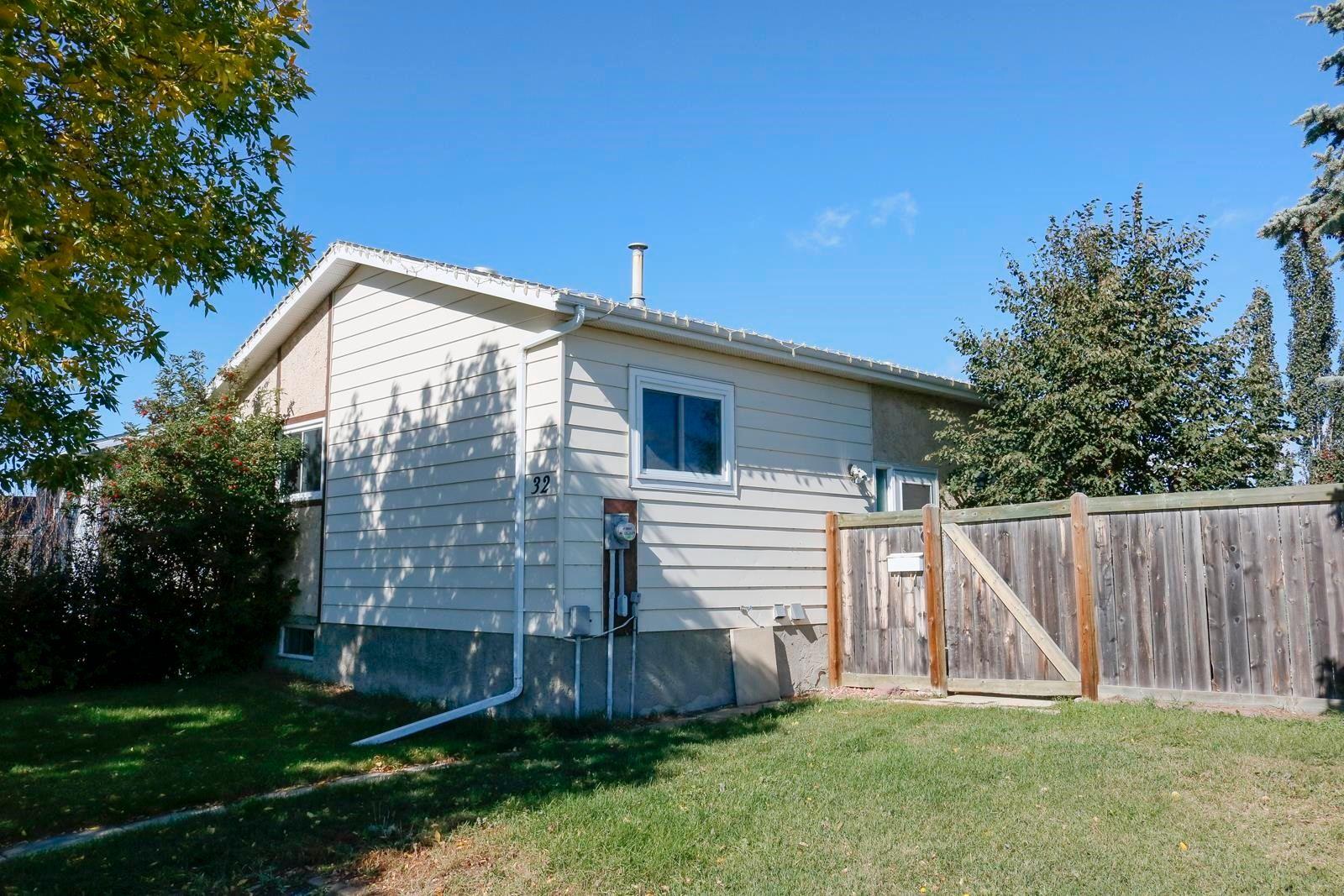 Main Photo: 32 WILSON Drive: Devon House for sale : MLS®# E4263247