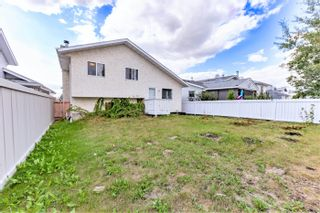 Photo 32: 17407 91 Street in Edmonton: Zone 28 House for sale : MLS®# E4260653