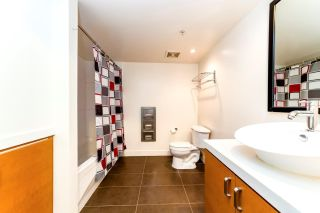 Photo 3: 906 151 W 2ND STREET in North Vancouver: Lower Lonsdale Condo for sale : MLS®# R2332933