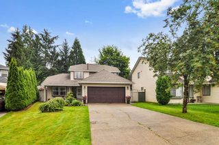 """Photo 1: 9550 215B Street in Langley: Walnut Grove House for sale in """"Country Meadows"""" : MLS®# R2472091"""