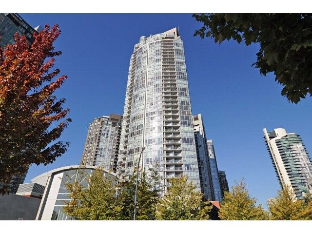 "Main Photo: 2302 1408 STRATHMORE Mews in Vancouver: Yaletown Condo for sale in ""West One"" (Vancouver West)  : MLS®# V1086401"