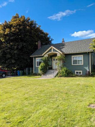 Photo 2: 33859 ELM Street in Abbotsford: Central Abbotsford House for sale : MLS®# R2575904