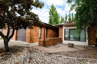Photo 2: 171 4th Avenue in Battleford: Residential for sale : MLS®# SK859015