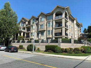 """Photo 2: 203 20281 53A Avenue in Langley: Langley City Condo for sale in """"GIBBONS LAYNE"""" : MLS®# R2601988"""