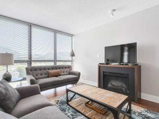 "Photo 3: 1402 2959 GLEN Drive in Coquitlam: North Coquitlam Condo for sale in ""THE PARC"" : MLS®# R2173801"