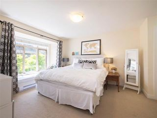 Photo 2: B1 272 W 4th Street in North Vancouver: Lower Lonsdale Townhouse for sale : MLS®# R2275796