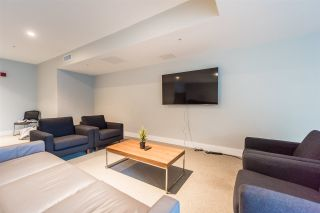 """Photo 19: 401 233 KINGSWAY in Vancouver: Mount Pleasant VE Condo for sale in """"YVA"""" (Vancouver East)  : MLS®# R2330025"""