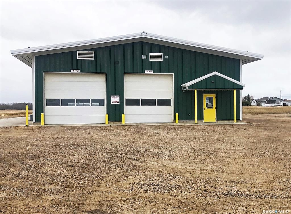 Main Photo: 305 Main Street South in Goodsoil: Commercial for sale : MLS®# SK852664