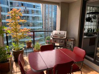 """Photo 2: 1604 1010 BURNABY Street in Vancouver: West End VW Condo for sale in """"THE ELLINGTON"""" (Vancouver West)  : MLS®# R2577467"""