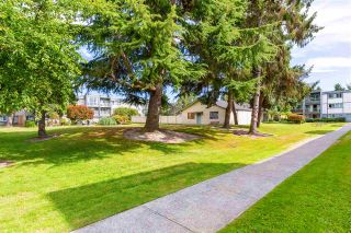 """Photo 9: 102 3391 SPRINGFIELD Drive in Richmond: Steveston North Condo for sale in """"CORAL COURT AT IMPERIAL BY THE SEA"""" : MLS®# R2481877"""