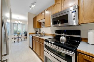 """Photo 7: 56 8863 216 Street in Langley: Walnut Grove Townhouse for sale in """"EMERALD ESTATES"""" : MLS®# R2617120"""