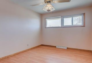 Photo 10: 127 Ferncliff Crescent SE in Calgary: Fairview Detached for sale : MLS®# A1088443
