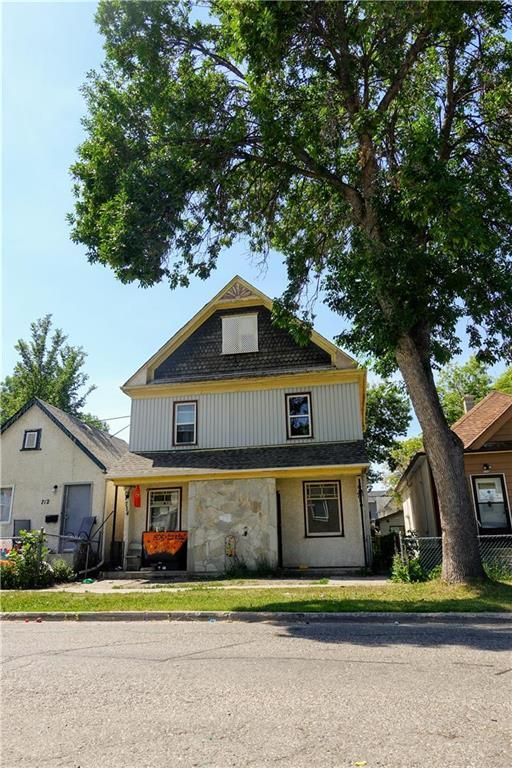 Main Photo: 714 Pritchard Avenue in Winnipeg: North End Residential for sale (4A)  : MLS®# 202116636