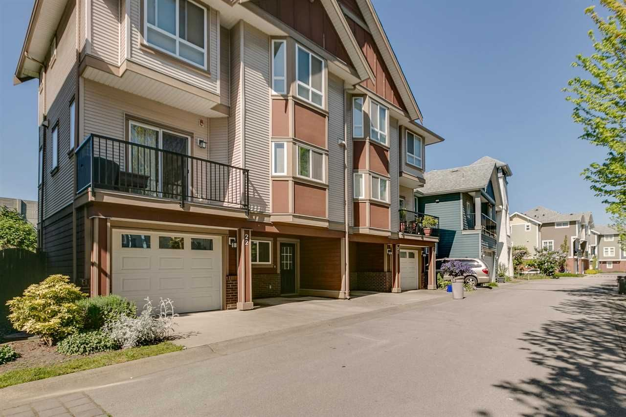 Main Photo: 22 1211 EWEN AVENUE in New Westminster: Queensborough Townhouse for sale : MLS®# R2077512
