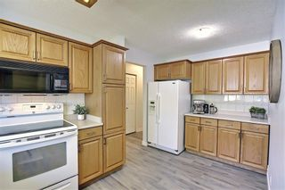 Photo 6: 7428 Silver Hill Road NW in Calgary: Silver Springs Detached for sale : MLS®# A1107794