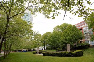 """Photo 17: 808 1500 HORNBY Street in Vancouver: Yaletown Condo for sale in """"888 BEACH"""" (Vancouver West)  : MLS®# R2065574"""