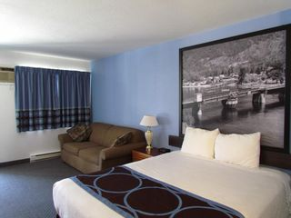 Photo 13: Exclusively listed Motel: Business with Property for sale