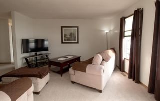Photo 4: 76 Templeby Drive in Calgary: Temple Detached for sale : MLS®# A1077458