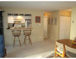 "Photo 9: E204 623 W 14TH Avenue in Vancouver: Fairview VW Condo for sale in ""CONNAUGHT ESTATES"" (Vancouver West)  : MLS®# V679414"