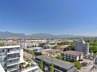 """Photo 15: PH6 251 E 7TH Avenue in Vancouver: Mount Pleasant VE Condo for sale in """"DISTRICT"""" (Vancouver East)  : MLS®# R2542420"""
