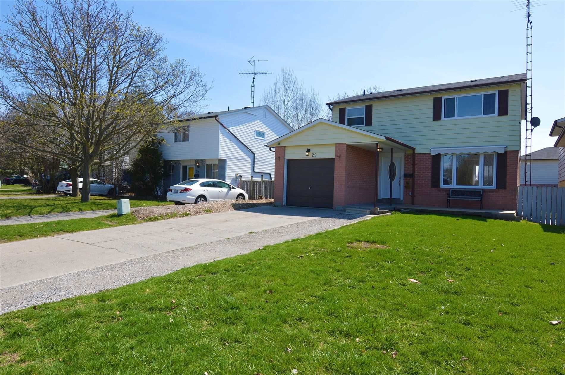 Main Photo: 29 Stanley Drive: Port Hope House (2-Storey) for sale : MLS®# X5201127