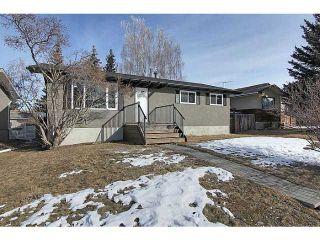 Photo 1: 26 WILSON Street: Okotoks Residential Detached Single Family for sale : MLS®# C3554999