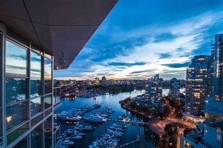 """Photo 31: 2305 1077 MARINASIDE Crescent in Vancouver: Yaletown Condo for sale in """"MARINASIDE RESORT"""" (Vancouver West)  : MLS®# R2544520"""