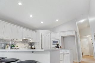 Photo 19: 114 Chapalina Rise SE in Calgary: Chaparral Detached for sale : MLS®# A1079445
