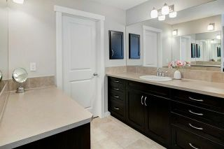 Photo 20: 54 VALLEY POINTE Bay NW in Calgary: Valley Ridge Detached for sale : MLS®# C4301556