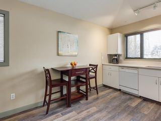 Photo 11: 533 50 Avenue SW in Calgary: Windsor Park Detached for sale : MLS®# A1063858