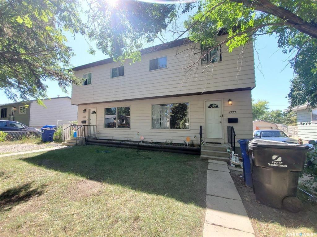 Main Photo: 1725-1727 F Avenue North in Saskatoon: Mayfair Residential for sale : MLS®# SK856666