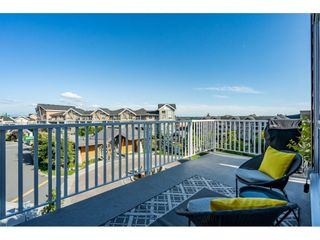 """Photo 11: 303 6490 194 Street in Surrey: Cloverdale BC Condo for sale in """"WATERSTONE"""" (Cloverdale)  : MLS®# R2489141"""