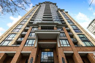 """Photo 2: 1311 10777 UNIVERSITY Drive in Surrey: Whalley Condo for sale in """"CITY POINT"""" (North Surrey)  : MLS®# R2537926"""