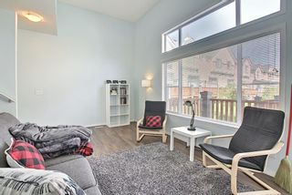 Photo 6: 28 Everhollow Way SW in Calgary: Evergreen Row/Townhouse for sale : MLS®# A1122910