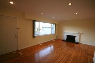 Photo 2:  in Richmond: Home for sale : MLS®# v872870