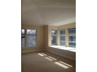 Photo 11: # 401 118 W 22ND ST in North Vancouver: Central Lonsdale Condo for sale : MLS®# V1049976