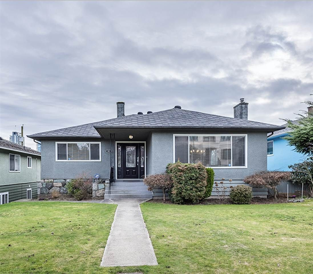 Main Photo: 578 W 61ST Avenue in Vancouver: Marpole House for sale (Vancouver West)  : MLS®# R2538751