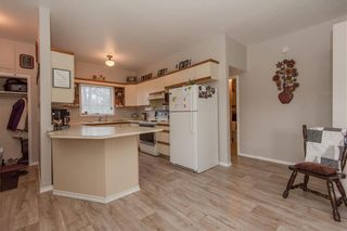 Photo 4: 126 Purple Bank Road in Gardenton: R17 Residential for sale : MLS®# 202110784