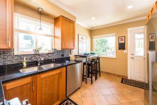 "Photo 5: 7391 NEWCOMBE Street in Burnaby: East Burnaby House for sale in ""BURNABY EAST"" (Burnaby East)  : MLS®# R2284034"