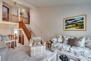 Photo 6: 16 Douglas Woods View SE in Calgary: Douglasdale/Glen Detached for sale : MLS®# A1041640