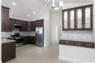 Photo 4: 826 K Avenue North in Saskatoon: Westmount Residential for sale : MLS®# SK844434