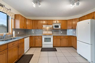 Photo 11: 19 Laguna Circle NE in Calgary: Monterey Park Detached for sale : MLS®# A1051148