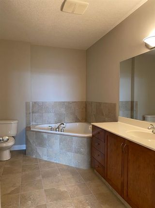 Photo 12: 3614 24 Hemlock Crescent SW in Calgary: Spruce Cliff Apartment for sale : MLS®# A1122908