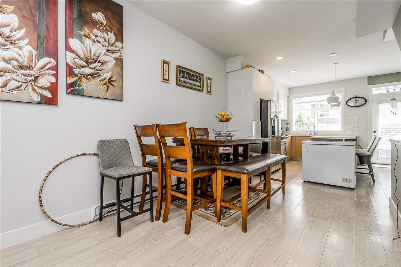 """Photo 6: Photos: 23 14433 60 Avenue in Surrey: Sullivan Station Townhouse for sale in """"BRIXTON"""" : MLS®# R2463220"""