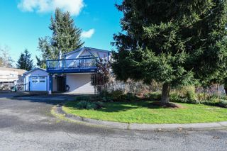 Photo 2: 2588 Ulverston Ave in : CV Cumberland House for sale (Comox Valley)  : MLS®# 859843