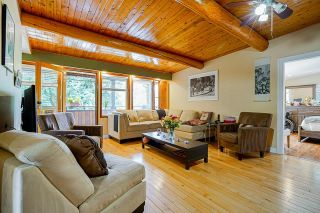 Photo 2: 274 MARINER Way in Coquitlam: Coquitlam East House for sale : MLS®# R2621956
