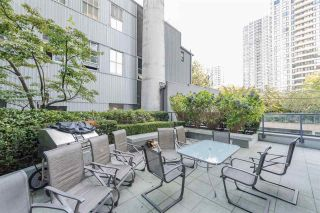 """Photo 15: 1405 928 RICHARDS Street in Vancouver: Yaletown Condo for sale in """"SAVOY"""" (Vancouver West)  : MLS®# R2107849"""